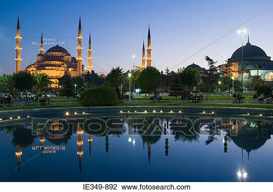 IE349 892 - mosques
