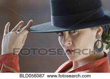 Foto - hispânico,  mulher,desgastar,  flamenco,equipamento.fotosearch - buscade fotos, imagense clipart