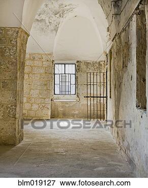 欧式走廊拱形门