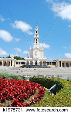 Arquivo de Fotografia - vista, santuário,  fatima, portugal.  fotosearch - busca  de fotos, imagens  e clipart