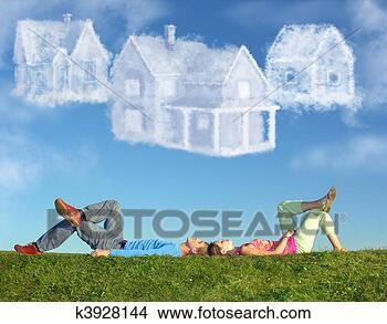 Banco de Imagem - mentindo, par,  capim, sonho,  três, nuvem, casas,  colagem. fotosearch  - busca de fotos,  imagens e clipart