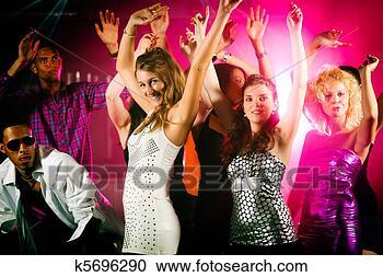 Arquivo de Fotografias - amigos, dançar,  clube, ou, discoteca.  fotosearch - busca  de fotos, imagens  e clipart
