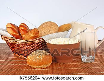 Banco de Imagem - pão, leite. fotosearch  - busca de fotos,  imagens e clipart