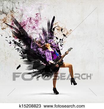 Banque de Photo - rocher, passionné, girl, à, noir, ailes. Fotosearch - Recherchez des Images, des Photographies et des Photos Clip Art