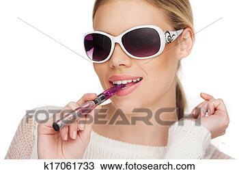 眼镜抽香烟头像