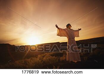 jesus-arms-outstretched_~1776819.jpg