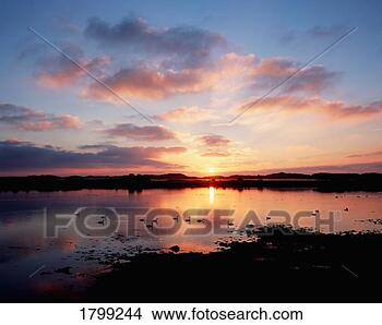 Banques de Photos - dundrum, co, bas, irlande. fotosearch - recherchez des photos, des images et des cliparts