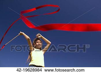 Banco de Imagem - menina, dançar,  vermelho, fita.  fotosearch - busca  de fotos, imagens  e clipart