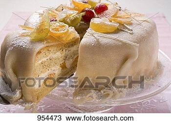 2.Geet –Hui Sabse Parayi - Pagina 38 Marzipan-covered-cake-candied_~954473