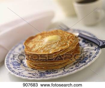 origine  chandeleur et recette Pile-mince-crepes_~907683