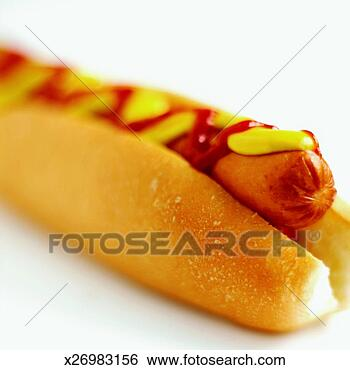 UTAU look alikes for teh lulz Close-up-hotdog-mustard_~x26983156