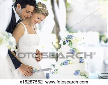 Banco de Imagem - noiva, noivo,  corte, cas?rio,  bolo, lado, vista.  fotosearch - busca  de fotos, imagens  e clipart