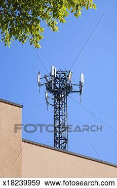 Arquivo Fotográficos - celular, telefone, transmissor, torre. Fotosearch - Busca de Imagens Fotográficas, Cartazes e Fotos Clipart