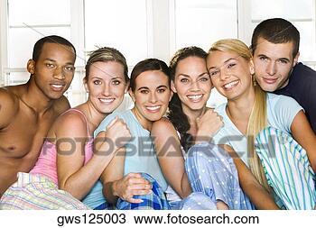retrato-grupo-pessoas_~gws125003.jpg