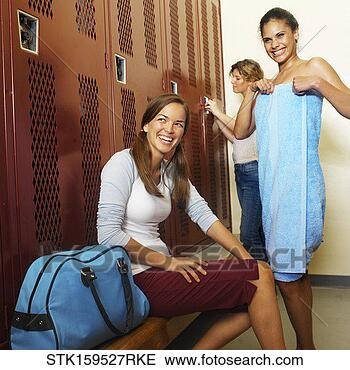 http://comps.fotosearch.com/comp/SBY/SBY209/teenage-girls-changing_~STK159527RKE.jpg