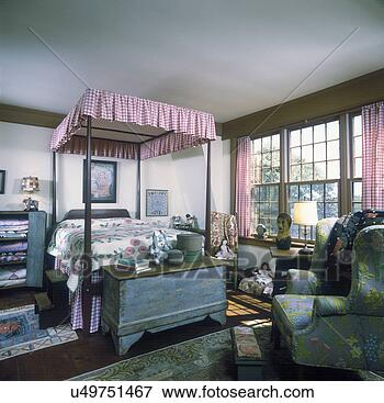 Picture Of Bedroom Colonial Girls Room Checked Canopy