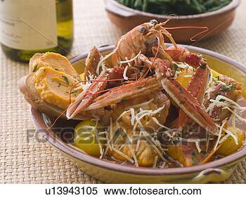 http://comps.fotosearch.com/comp/UNE/UNE416/plat-bouillabaisse-rouille_~u13943105.jpg