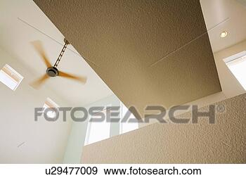 banque de photographies moderne ventilateur plafond u29477009 recherchez des photos des. Black Bedroom Furniture Sets. Home Design Ideas