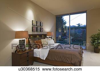 Banco de Imagem - combinar, lado  cama, lâmpadas,  palma, molas,  lar, interior.  fotosearch - busca  de fotos, imagens  e clipart