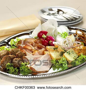 restoran mg Cheese-ham-meat_~CHKF00363