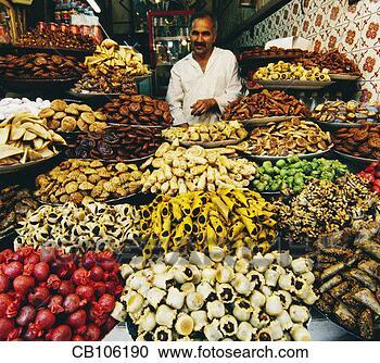 http://comps.fotosearch.com/comp/corbis/DGT080/marocain-patisserie-vendeur_~CB106190.jpg