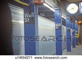 subway-stop-wall_~u14654271.jpg